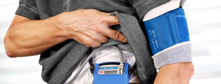 Langzeit Blutdruck oder 24- Stunden Blutdruck